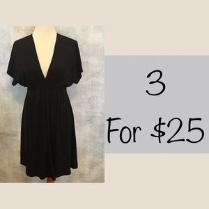 Mossimo v neck black cotton dress sz L